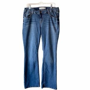 Torrid Relaxed Boot Cut Blue Jeans 14R